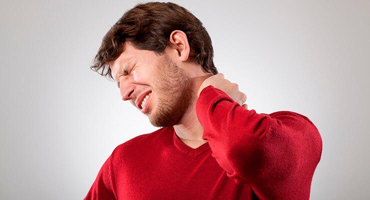 Узнаем все про мануальную терапию при остеохондрозе шейного отдела