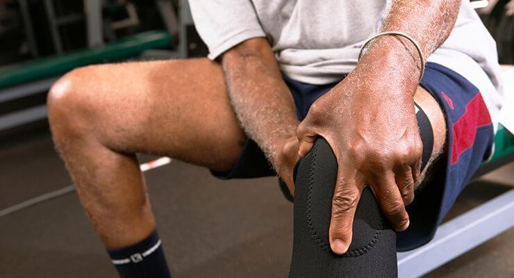 Травмы как причина болей в колене